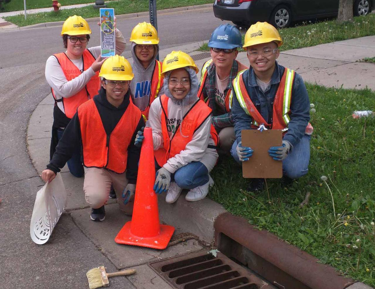 Stenciling drains for the Mississippi River!