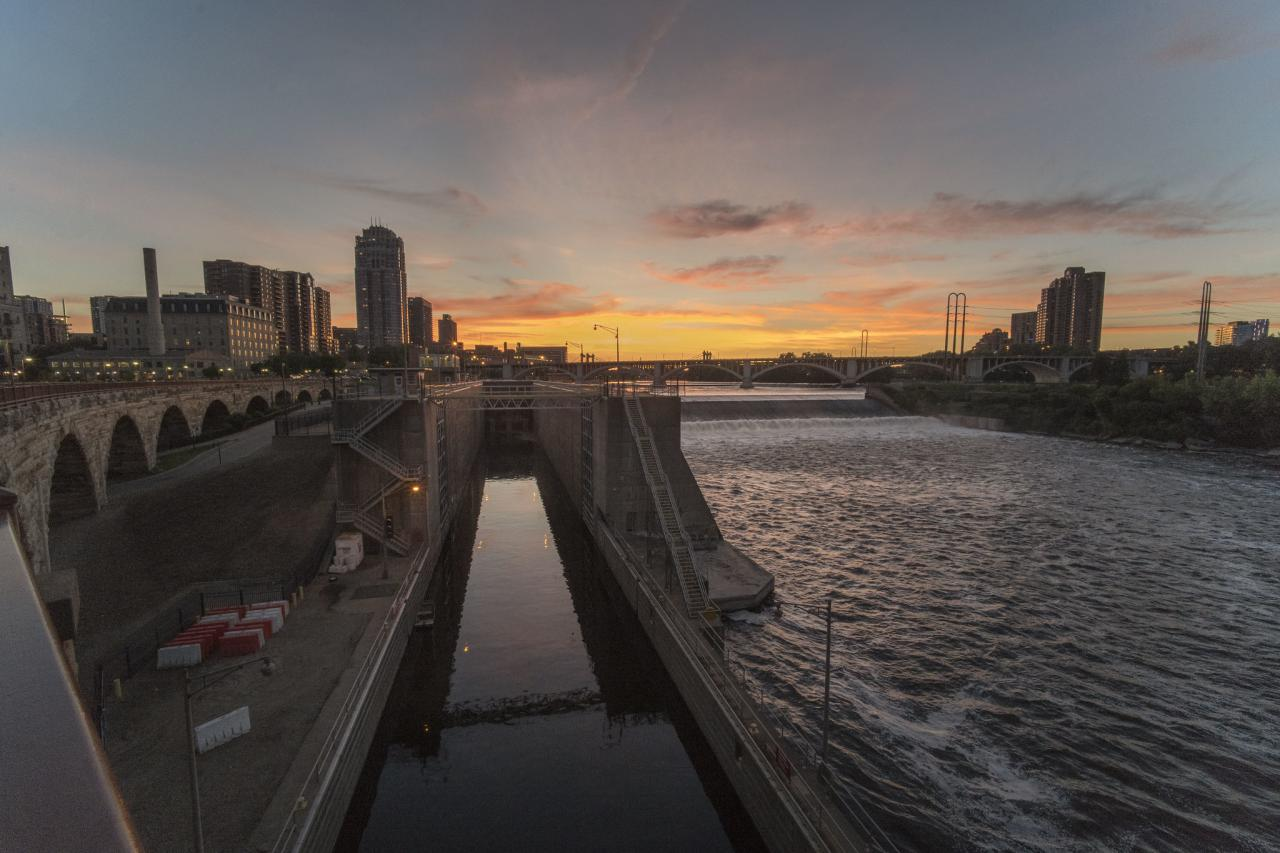 Sunset over the lock and dam on the downtown Minneapolis riverfront