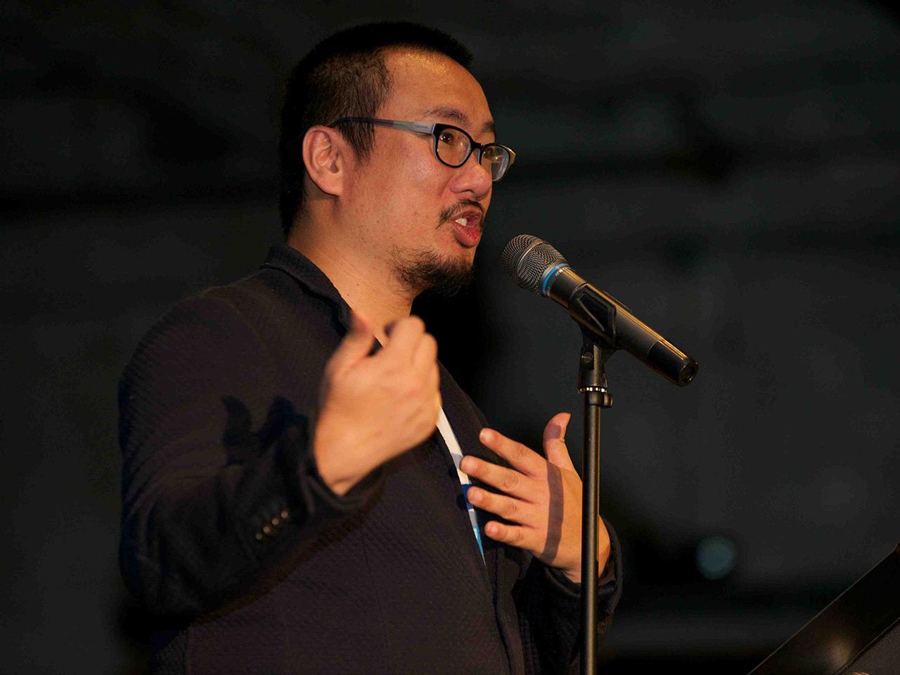 Bao Phi performs a poem
