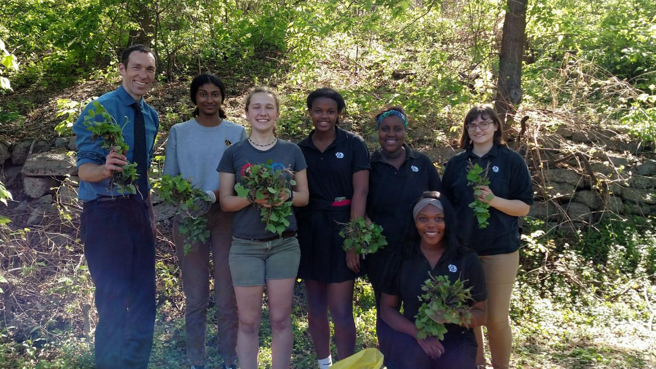 DeLaSalle High School Green Team volunteers